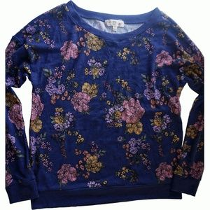Hippie Rose Juniors Printed Pullover Sweater Tapes